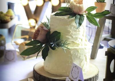 Modern Vintage Wedding Cake